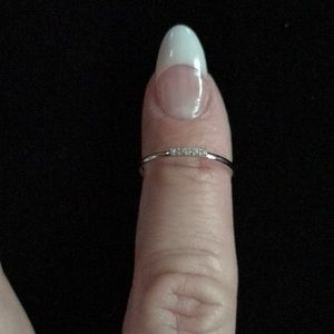 Jewelry - Sterling CZ ring size 5